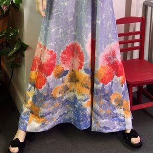 Vintage Hostess Gown Robe Huge Sweep of Poppies
